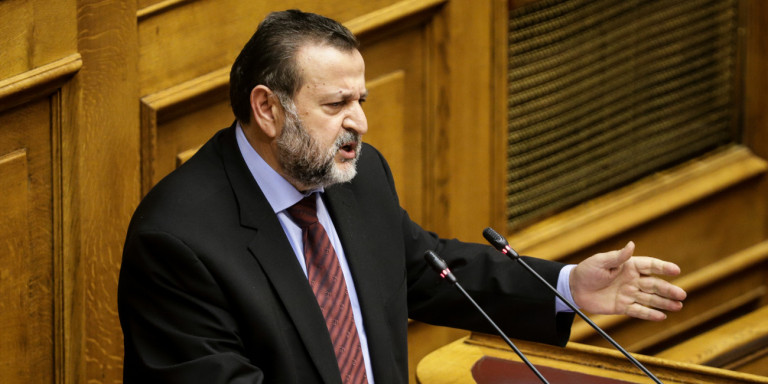 Φωτογραφική τροπολογία σκάνδαλο από βουλευτές του ΣΥΡΙΖΑ καταγγέλλει το ΚΙΝΑΛ -Την έκανε δεκτή ο Πολάκης