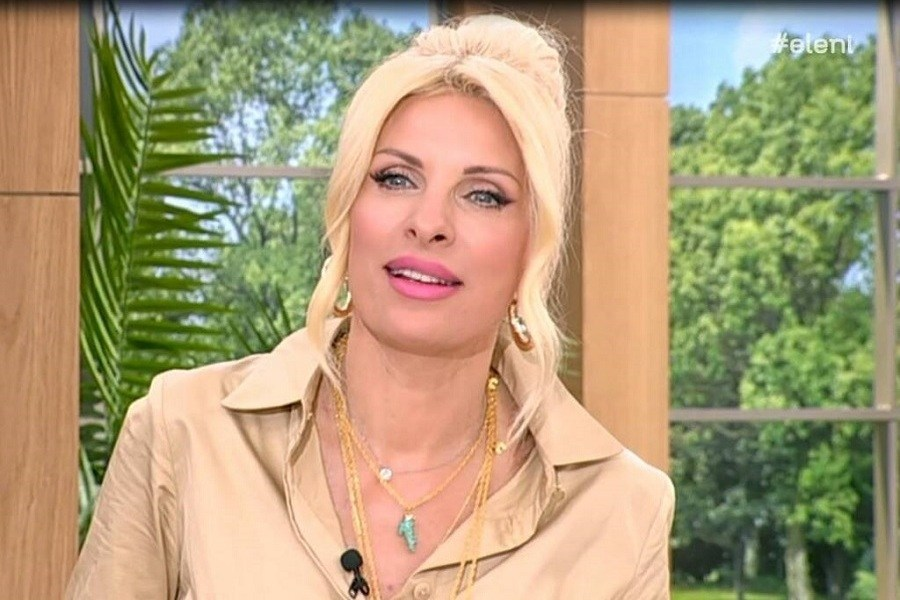 Η Ελένη Μενεγάκη άκουσε πρώτη φορά το «Mama» – Δείτε πώς αντέδρασε on air (video)