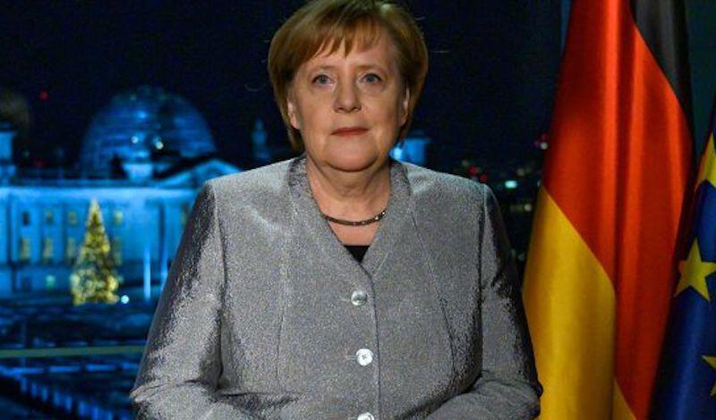 Απίστευτο: Σύμβουλος του γερμανικού ΥΠΟΙΚ έβγαλε περισσότερα από την Μέρκελ σε ένα χρόνο
