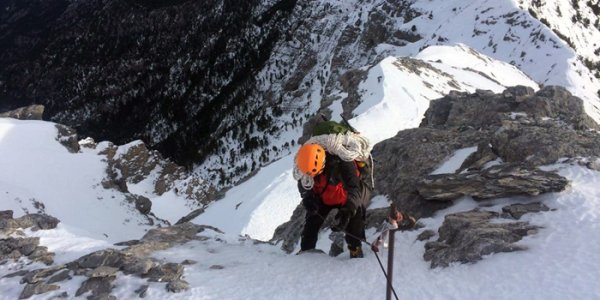 Όλυμπος: Επιχείρηση διάσωσης για πολύ σοβαρά τραυματισμένο ορειβάτη