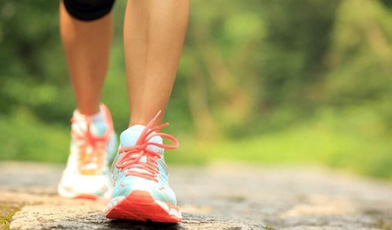 Αδυνάτισμα μόνο με περπάτημα: Αναλυτικό πρόγραμμα, απόσταση και θερμίδες (φωτο)