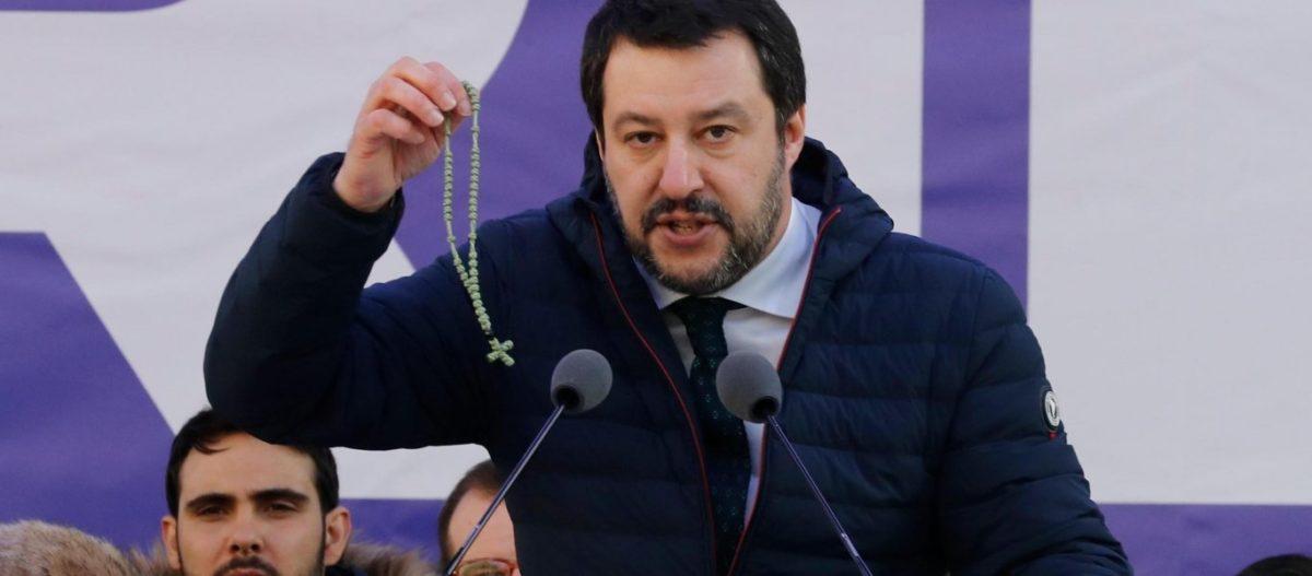 Μ.Σαλβίνι: «Με την βοήθεια της Παναγιάς θα οδηγηθούμε στη νίκη» είπε κρατώντας κομποσκοίνι από το Αγιο Όρος (φωτό)