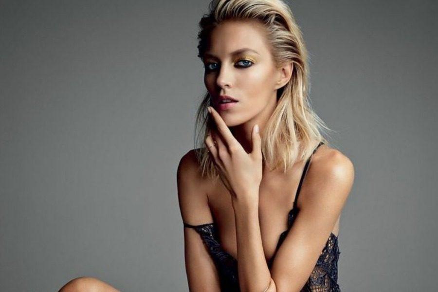 Ανια Ρούμπικ: Το μοντέλο που προσπαθεί να εκπαιδεύσει τους Πολωνούς στο σeξ