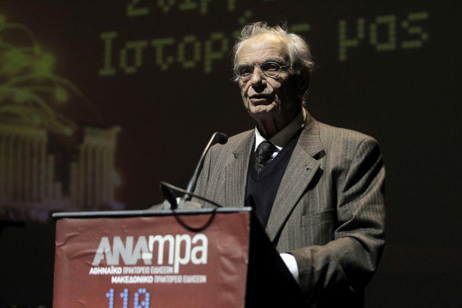 Ο συγγραφέας Βασίλης Βασιλικός επικεφαλής του Επικρατείας του ΣΥΡΙΖΑ