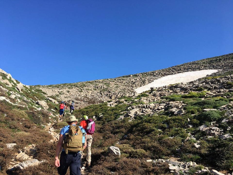 """Κινδύνεψε τουρίστρια στον Ψηλορείτη – Την """"έσωσαν"""" μέλη Ορειβατικού Συλλόγου."""