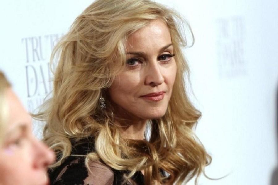 Έξαλλη η Μαντόνα με άρθρο ελληνίδας δημοσιογράφου: Με κάνει να νιώθω σαν βιασμένη