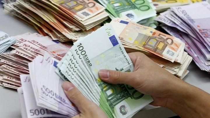 """Αναδρομικά: """"Κλείδωσαν"""" τα ποσά που θα πάρουν οι συνταξιούχοι – Τα σενάρια για την αποπληρωμή τους"""