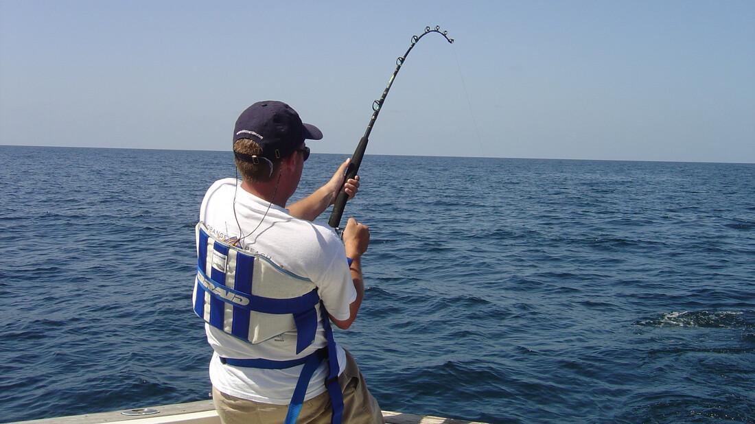 Ψάρεψε το μεγαλύτερο «χρυσόψαρο» στον κόσμο