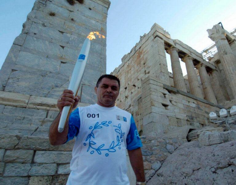 Θρήνος στην ελληνική πάλη! Πέθανε ο Μπάμπης Χολίδης