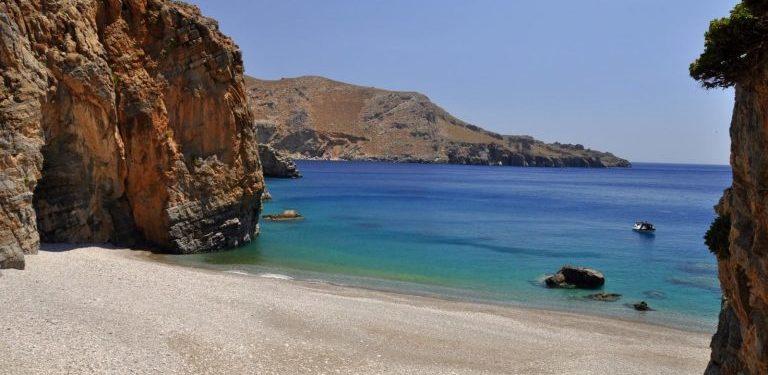 Ελάχιστοι γνωρίζουν ΑΥΤΗ την παραλία στην νότια Κρήτη! ΦΩΤΟ