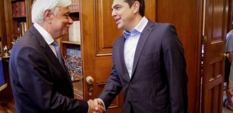Την παραίτησή του υπέβαλε ο πρωθυπουργός Αλέξης Τσίπρας στον Προκόπη Παυλόπουλο