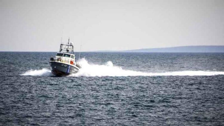Κρήτη: Κινδύνεψαν επιβάτες όταν αναποδογύρισε λέμβος