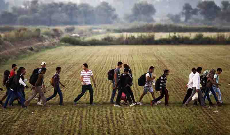 Boύλγαροι συνοριοφύλακες ξυλοκόπησαν άγρια μετανάστες (βίντεο)