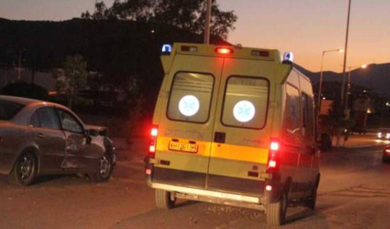 Οινόφυτα: Δέντρο έπεσε σε σκηνή στο hotspot -Επτά τραυματίες