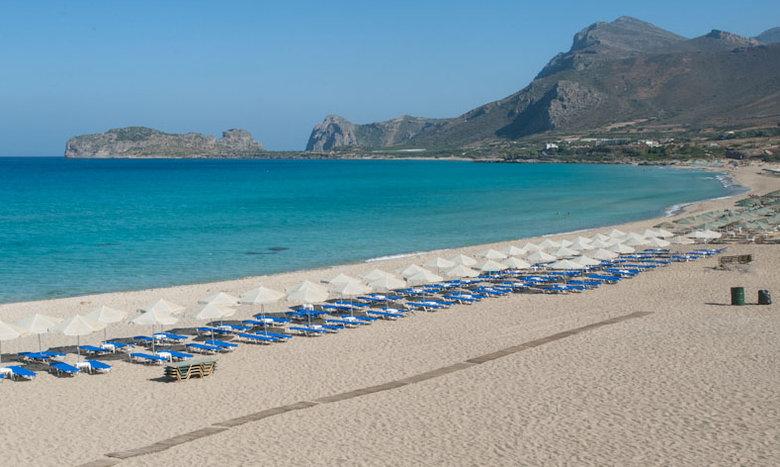 Κρήτη: Οι ξαπλώστρες ήταν ακριβές και αυτή η τουρίστρια έκανε κάτι… επικό!