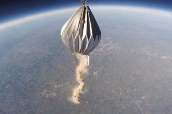«Κηδεία στο διάστημα»: Οι στάχτες 152 ανθρώπων θα σκορπιστούν στο σύμπαν