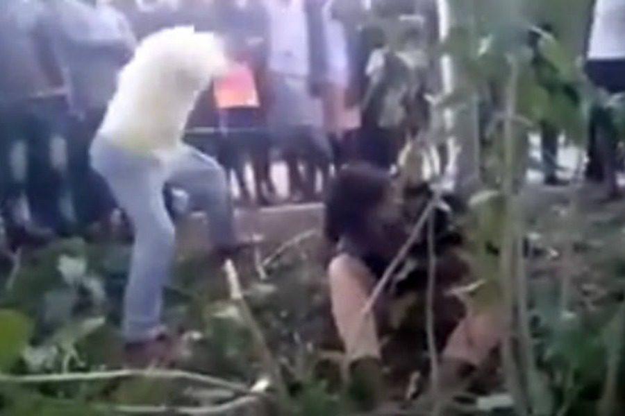 Έδεσαν μουσουλμάνο, τον βασάνισαν και τον ξυλοκόπησαν μέχρι θανάτου