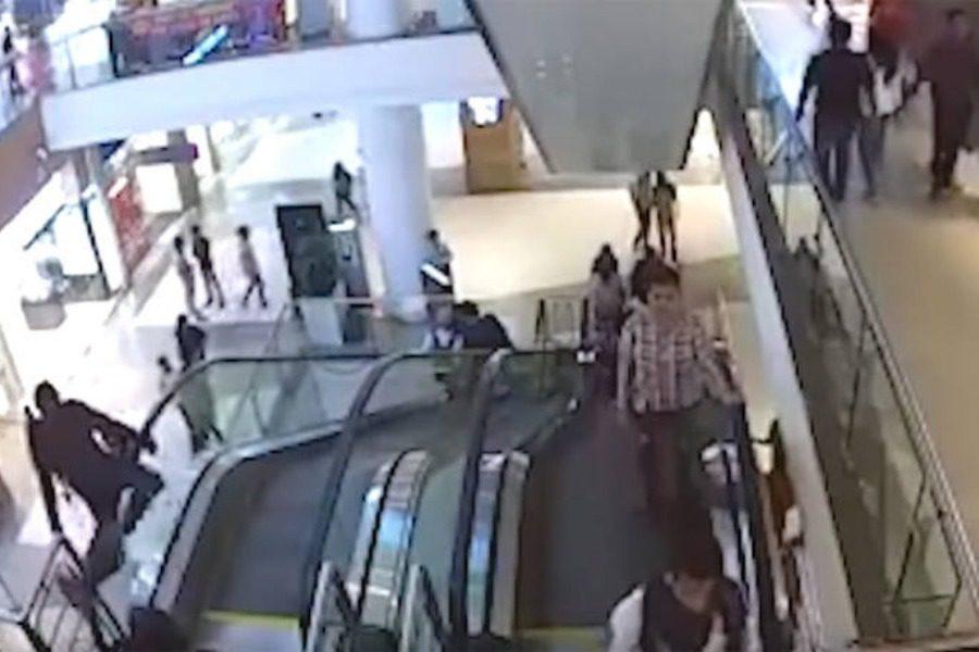 Τραγικός θάνατος για 12χρονο: Μαγκώθηκε στην κυλιόμενη σκάλα