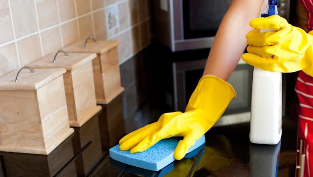 3 εύκολα κόλπα για να μην ξαναδείς κατσαρίδα στο σπίτι σου