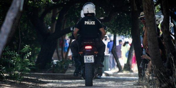 Ξύλο ανάμεσα σε αστυνομικούς και εμπόρους ναρκωτικών στο Ηράκλειο
