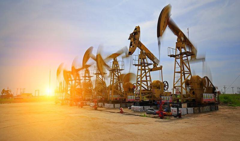 Ο «πόλεμος» του πετρελαίου: «Να συμφωνήσουν τώρα οι τρεις μεγάλοι παίκτες, αλλιώς…»