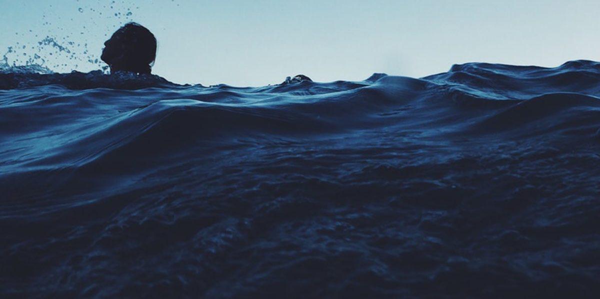 8χρονος παραλίγο να πνιγεί στη Χρυσή Ακτή