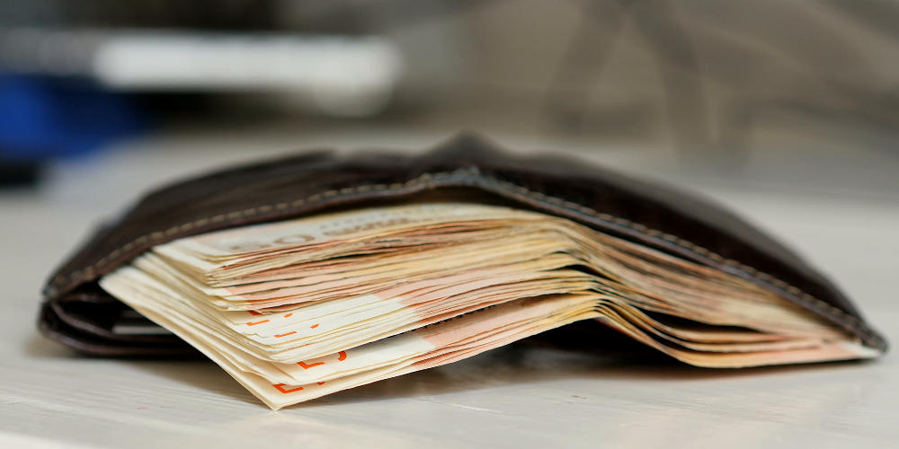 Παράδειγμα προς μίμηση: Μαθητές βρήκαν 4.500 ευρώ και τα έδωσαν στις Αρχές!