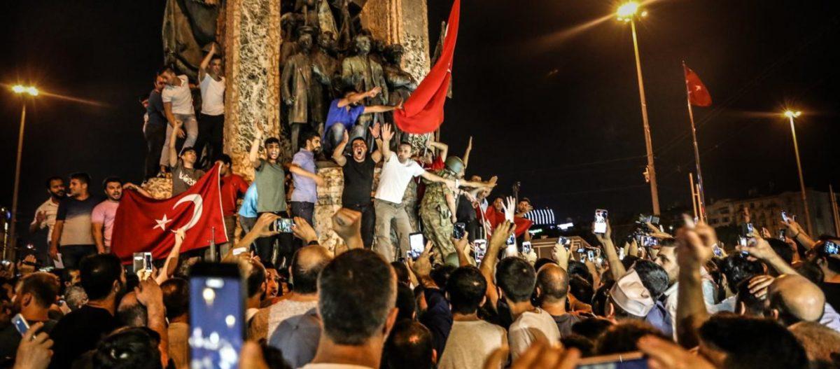 «Σφραγίζεται» η έξοδος της Τουρκίας από το δυτικό «μπλοκ» στις 15 Ιουλίου – Μανιφέστο Ρ.Τ.Ερντογάν