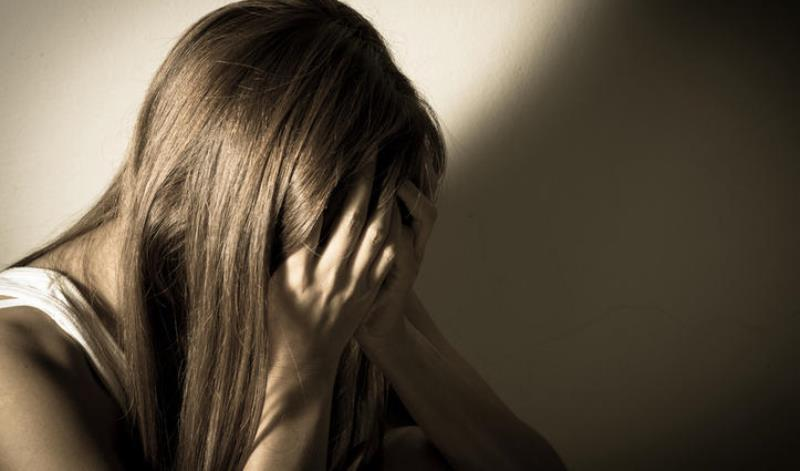 Σοκ στη Χαλκίδα: 62χρονος βίασε 26χρονη με μπουκάλι