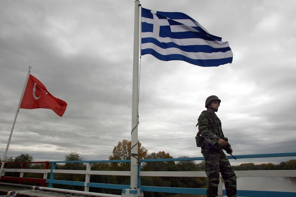 Επεισόδιο στον Έβρο: Τούρκοι στρατιώτες απείλησαν με όπλα έλληνες ψαράδες (video)