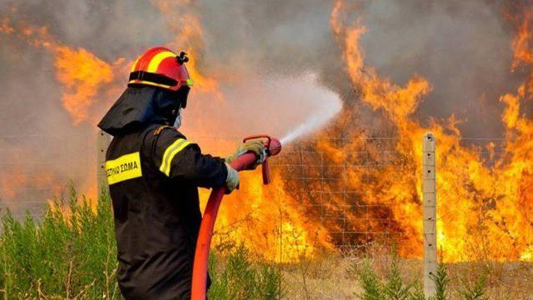 Φωτιά στην περιοχή Κοκκίνη Χάνι