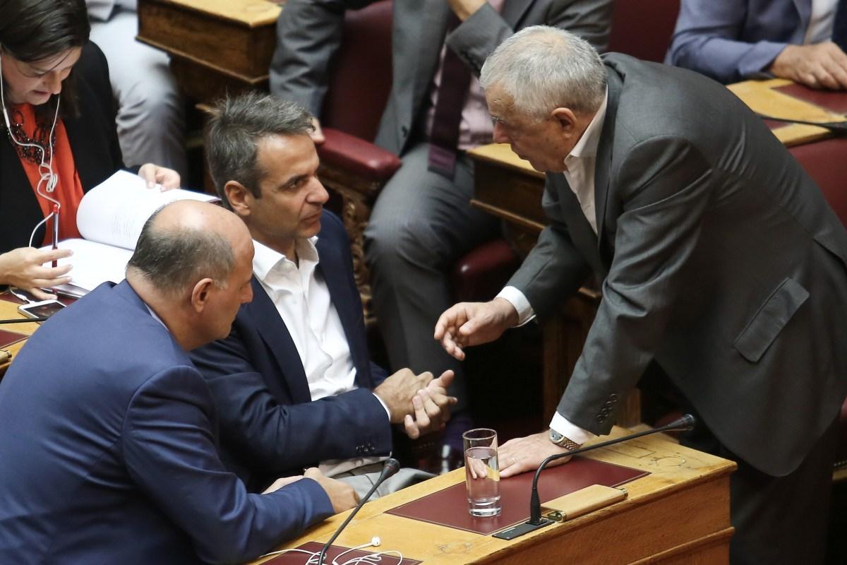 Ο Μητσοτάκης «τελειώνει» τον Γιακουμάτο – Επιλέγει την έδρα στη Β΄ Αθηνών (video)