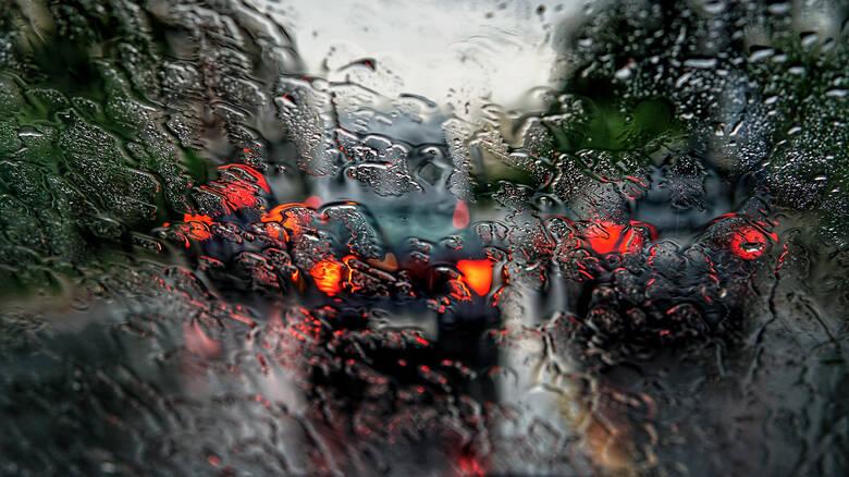 Έρχεται κύμα κακοκαιρίας – Πότε θα «χτυπήσουν» τα φαινόμενα την Αθήνα