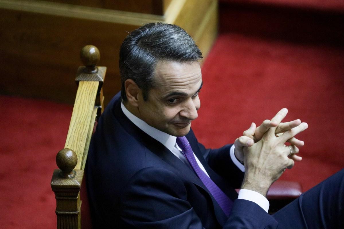 Μητσοτάκης προς Τσίπρα: Προσγειωθείτε στο σήμερα, έγιναν εκλογές και τις χάσατε (LIVE)