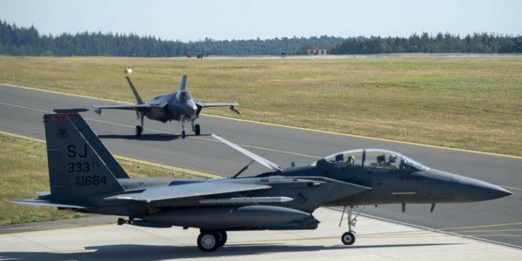 F-35: Κατακλύζουν τις ευρωπαϊκές βάσεις τα αμερικανικά μαχητικά