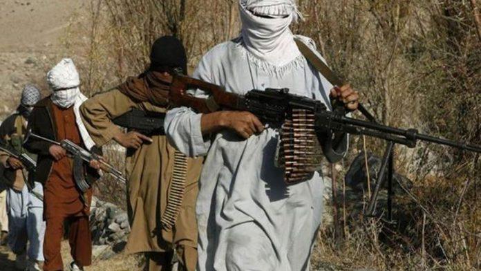 Οκτώ νεκροί και δεκάδες τραυματίες από τρομοκρατική επίθεση στο Πακιστάν