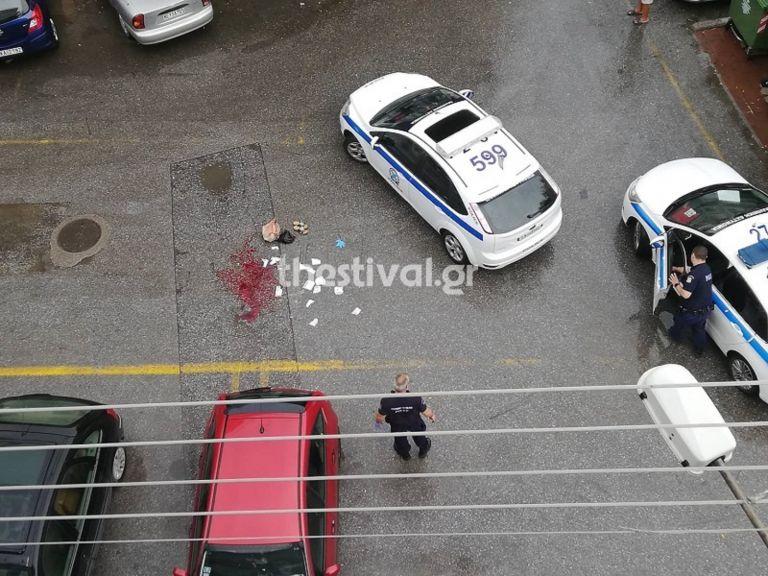 Θεσσαλονίκη: Άνδρας επιτέθηκε σε γυναίκα με τσεκούρι