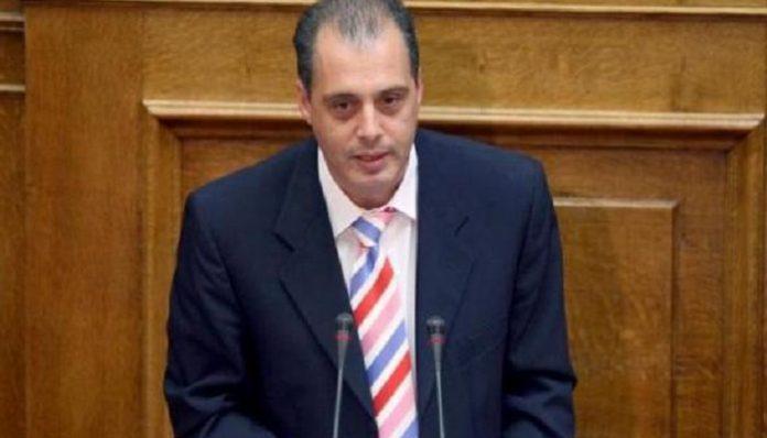 Βελόπουλος καλεί τον «νεοδημοκρατικό σανό» για συλλογή υπογραφών για το Μακεδονικό