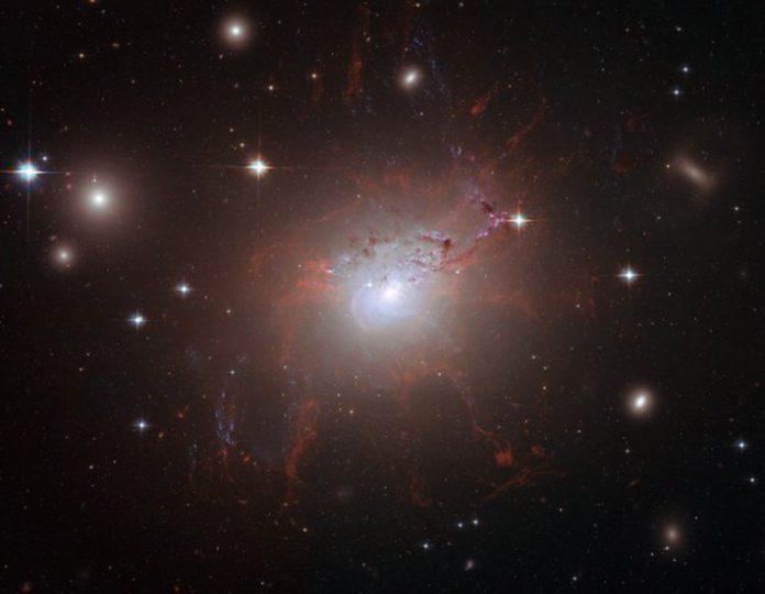 Διάστημα: Το άστρο που αυξομειώνει την φωτεινότητά του