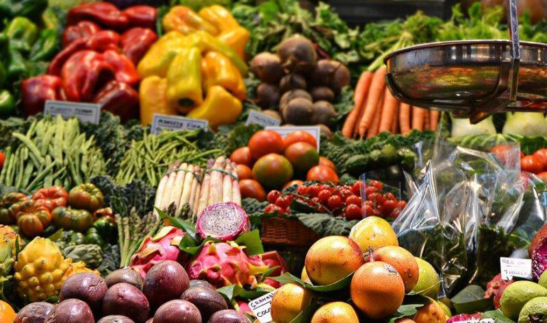 Αυτή είναι η λίστα με τα πιο μολυσμένα φρούτα και λαχανικά για το 2019