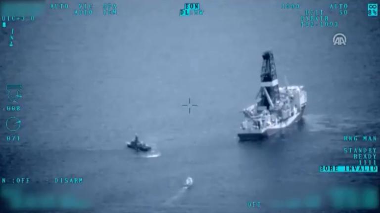 Επίδειξη δύναμης του Ερντογάν! Συνοδεία του Πολεμικού Ναυτικού τα γεωτρύπανα στην Μεσόγειο!