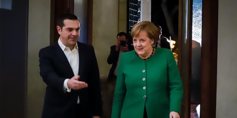 Μαξίμου: Αυτούς του όρους έθεσε ο Τσίπρας στην Μέρκελ στη Σύνοδο Κορυφής