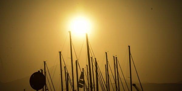 Καιρός: Άνοδος της θερμοκρασίας – Παραμένουν τα 7 μποφόρ στο Αιγαίο