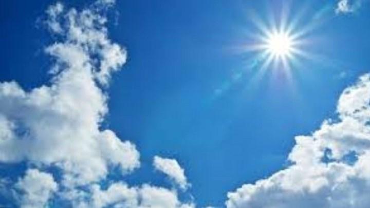Δροσίζει ο καιρός τη Δευτέρα – «Καλή εβδομάδα» με υποχώρηση της θερμοκρασίας και βοριάδες