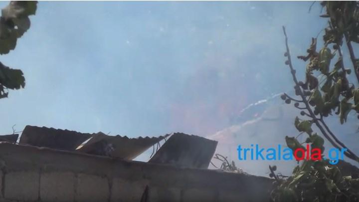 Μεγάλη φωτιά σε σπίτι στα Τρίκαλα – ΦΩΤΟ- ΒΙΝΤΕΟ