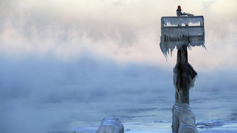 Θλιβερή ανακάλυψη: Εντοπίστηκαν για πρώτη φορά μικροπλαστικά στα χιόνια της Αρκτικής και των Άλπεων