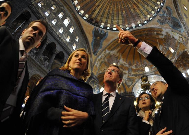 Σοκ στην Τουρκία – Νεκρός σε τροχαίο υπουργός του Ερντογάν