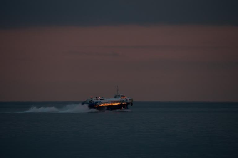 Flying Dolfin: Έπαθε μηχανική βλάβη και επιστρέφει στον Πειραιά