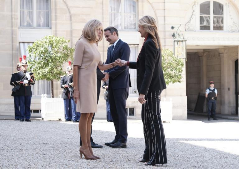 Μαρέβα Μητσοτάκη: «Δίχασε» με την εμφάνιση στο Παρίσι και αποθεώθηκε από διάσημο Έλληνα σχεδιαστή!