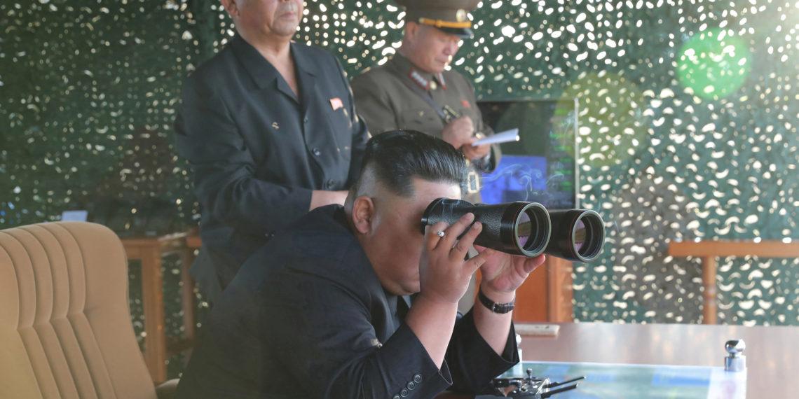 Β. Κορέα: Ο Κιμ Γιονκ Ουν επέβλεψε τη δοκιμή ενός «σπουδαίου όπλου» [pics]